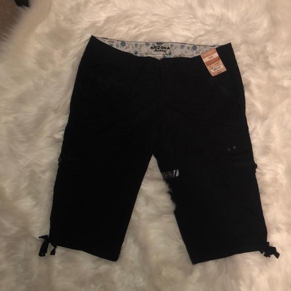 Arizona Jean Company Pants - NWT - JUNIORS - Arizona Cargo Capris